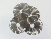 Kotoučové nože pro řezání průmyslových textilií